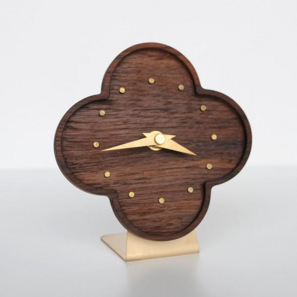 table clock-teak