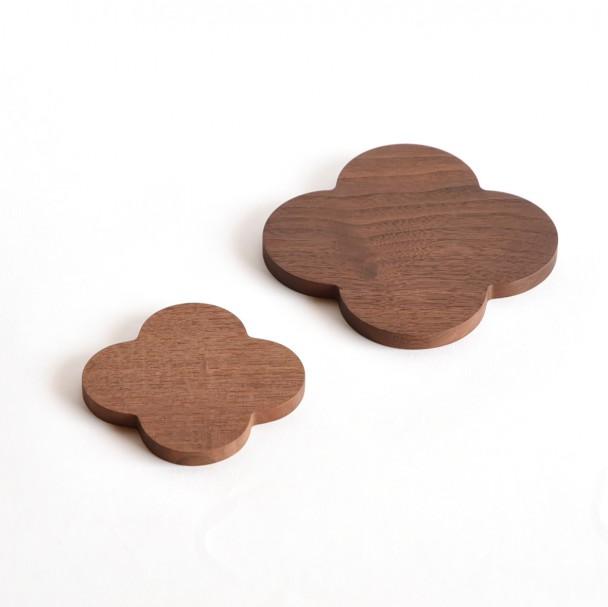 walnut-plate